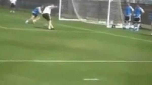 Zidane'ın Kaleciye Yaptığı İşkence