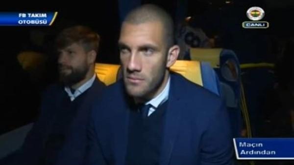 Gençlerbilirği maçı sonrası Fenerbahçe Takım Otobüsü