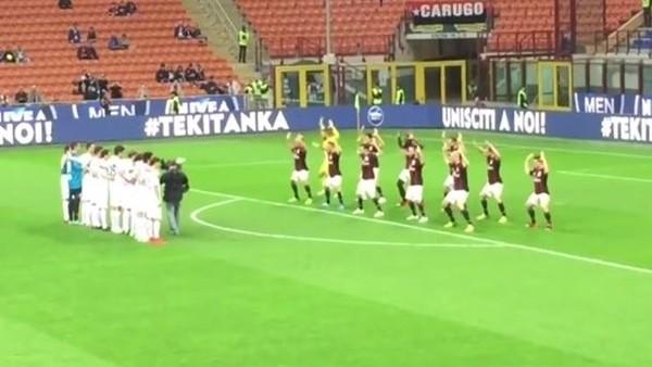 Milan'lı futbolculardan Haka dansı