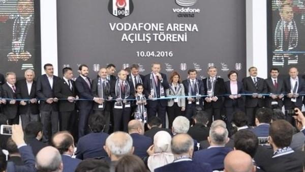 Vodafone Arena'da Protokol Açılışı Yapıldı