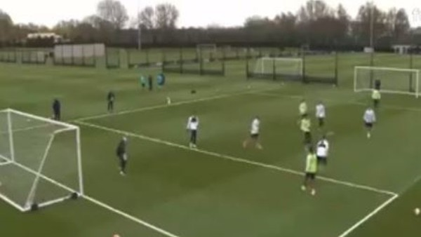 Manchester City antrenmanında Zlatan golü