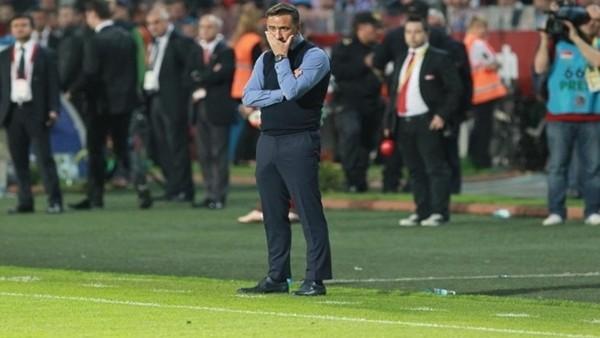 Ersun Yanal kaçtı,Vitor Pereira sahada kaldı