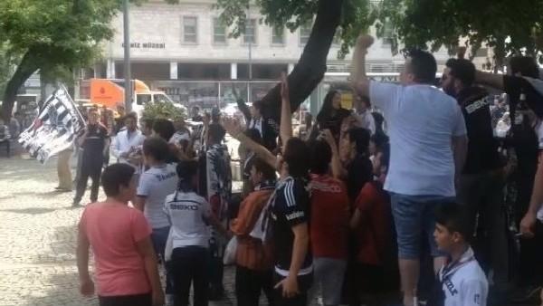Beşiktaşlı taraftarların şampiyonluk kutlaması