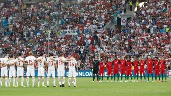 Polonya-Portekiz maçında İstanbul için saygı duruşu!