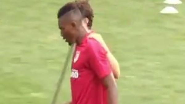Atletico Madrid sert başladı