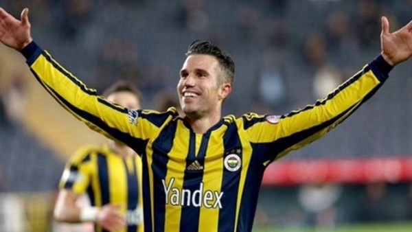 Zafer Biryol: Fenerbahçe, Van Persie ile başlamalı