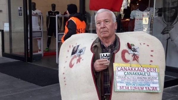 Beşiktaş - Kayserispor maçı için Çanakkale'den gelen çoban amca
