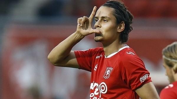 Enes Ünal'ın AZAlkmaar'a attığı gol