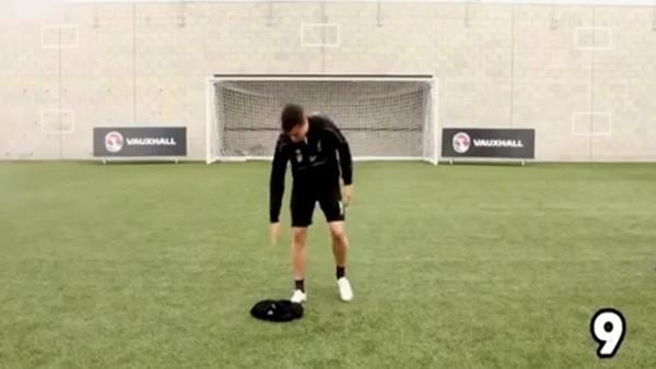 Markovic ve Coutinho'dan baş döndüren antrenman