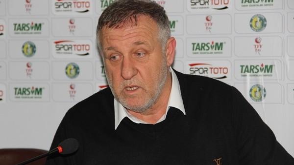 Sivasspor'da Mesut Bakkal istifa etti
