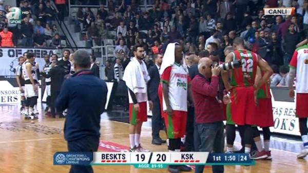 Beşiktaş - Pınar Karşıyaka maçında gerginlik