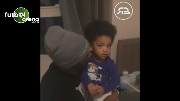 Atiba Hutchinson'ın oğlu Noah ve Ryan Babel'den kartal pozu