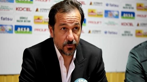 Yusuf Şimşek: 'Kimsenin bu takımın hakkıyla oynamaya hakkı yok'