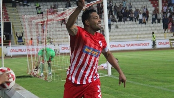 Andre Santos'un Bandırmaspor'a attığı goller