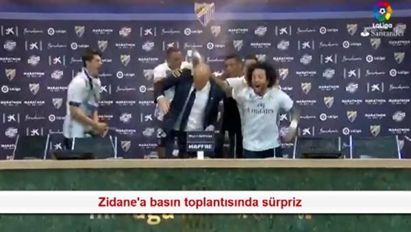 Zidane'a basın toplantısında sürpriz