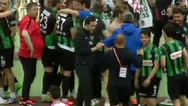 Sakaryaspor, Spor Toto 2. Lig'e yükseldi