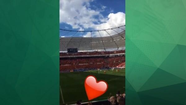 Podolski, Leverkusen - Köln maçını tribünden izledi