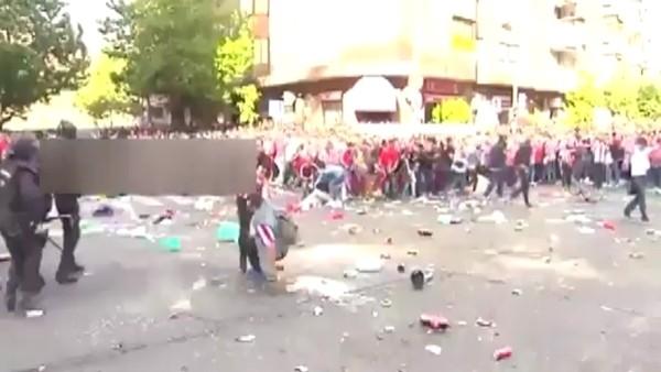 Madrid'de ortalık karıştı! 12 yaralı...