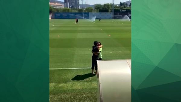 Ronaldinho ve Neymar hasret giderdi!