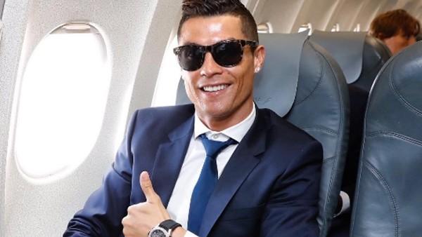 Ronaldo'dan 100 milyon abone kutlaması
