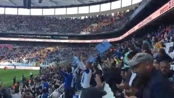 Vodafone Arena'da Erzurumsporlu taraftarlar
