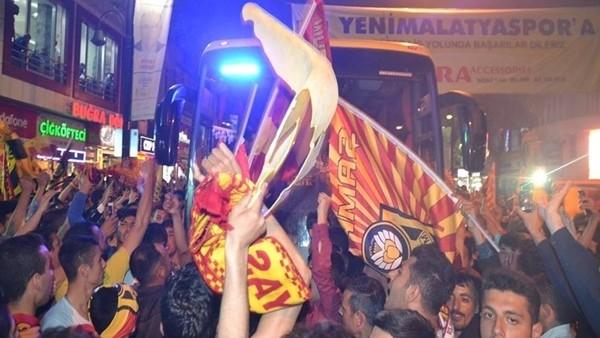 Yeni Malatyaspor şehir turu attı