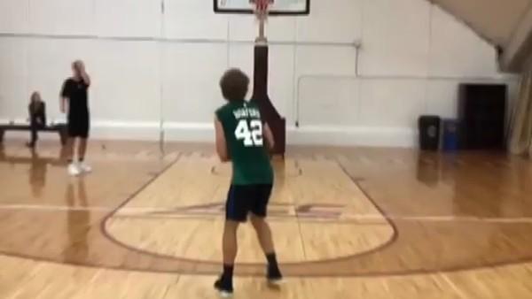 Antoine Griezmann'dan basket şov!