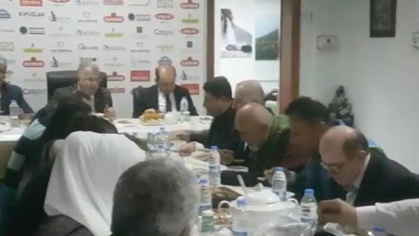 Hikmet Karaman, Rize gazeteciler derneğinin verdiği iftar yemeğine katıldı