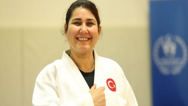 Formda kalmak için judoya başladı, olimpiyat madalyası kazandı