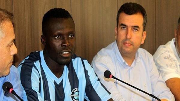 Atakora, Adana Demirspor'e imza attı
