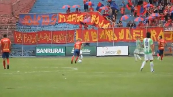 Alessandro Del Piero'dan müthiş gol!