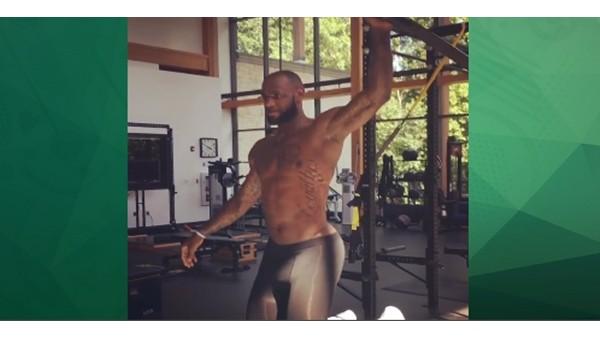 LeBron James pilates çalıştı