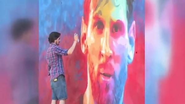 İspanyol sokak sanatçısından Messi graffitisi!