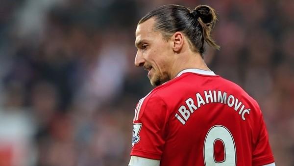 Zlatan Ibrahimovic mesaj gönderdi