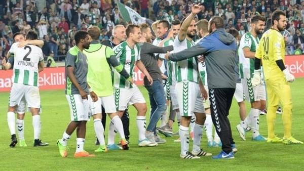 Medipol Başakşehir - Atiker Konyaspor maçından kareler