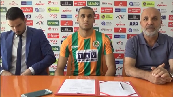 Alanyaspor, Welinton Souza Silva ile sözleşme imzaladı