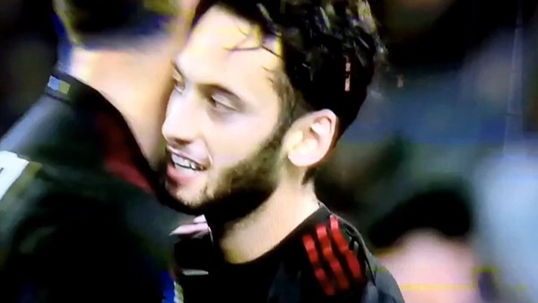Hakan Çalhanoğlu'nun Bayern Münih'e attığı gol