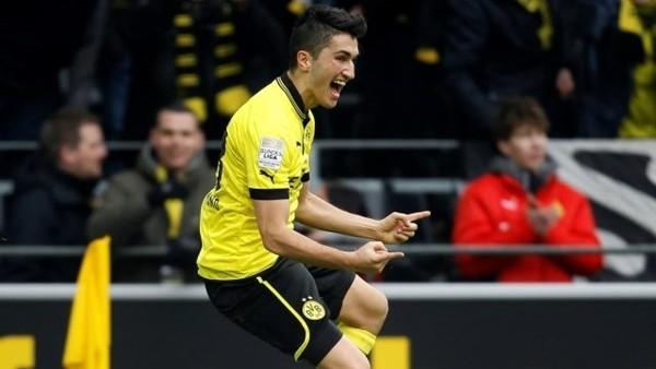 Nuri Şahin'in Milan'a attğı şık gol