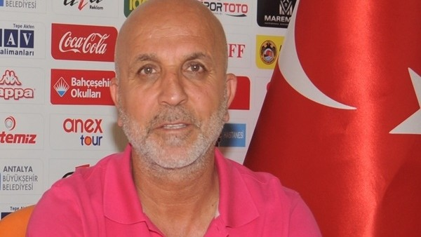 Hasan Çavuşoğlu'dan Vagner Love açıklaması