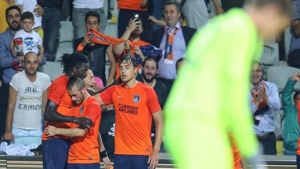 Medipol Başakşehir - Club Brugge maçından kareler