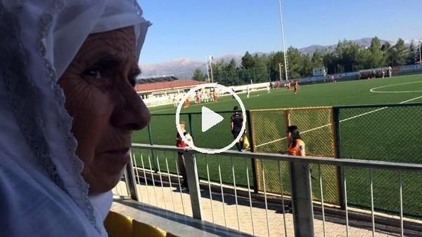"""Kızılcabölükspor'un """"uğuru"""" 73 yaşındaki kadın taraftar"""