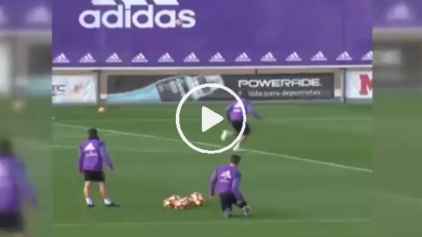Fabio Coentrao'dan harika hareket!