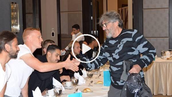 Atiker Konyaspor'a moral yemeği