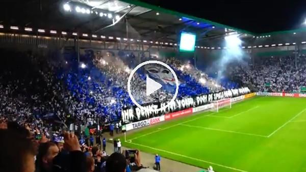 Magdeburg tribünlerinden Borussia Dortmund maçında harika korefografi
