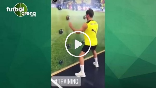 Mario Götze'nin ilginç antrenmanı