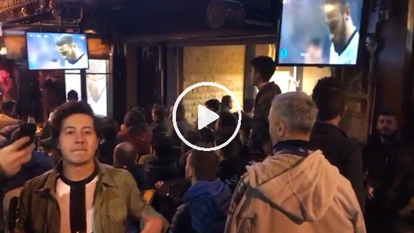 Cenk Tosun'un golü sonrası Çarşı'da yaşanan sevinç