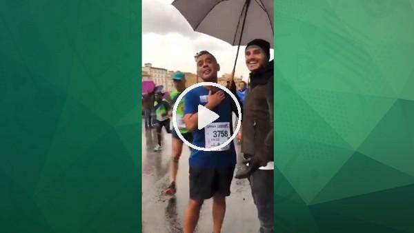 Floransa'da koşan maratoncular yolda Icardi'ye rastladı!