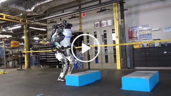 Spor yapan robot!