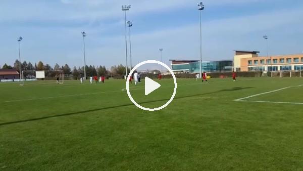 Kayserisporlu futbolcular Suriyeli çocuklarla maç yaptı