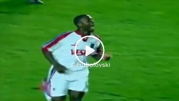 Trabzonsporlu Kevin Campbell'ın Galatasaray'a yaptığı hat-trick!
